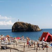 Крест на Фиоленте у пляжа