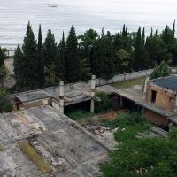 Вид на заброшенные здания