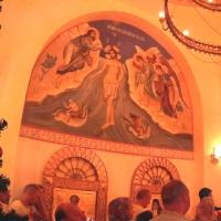 Свежая роспись на стенах