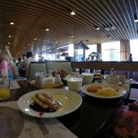 Завтрак в ресторане Мраморный